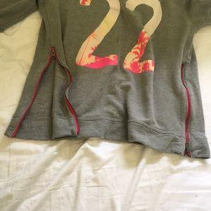 Hollister Sweaters - hollister sweatshirt